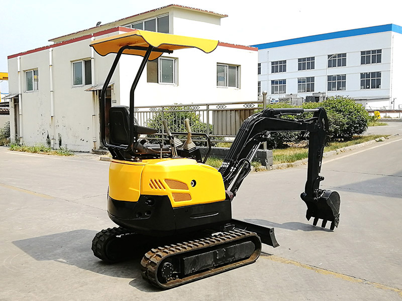 What is the difference between domestic and foreign brands of mini excavators?